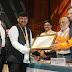 केंद्रीय मानव संसाधन विकास मंत्री ने उच्च शिक्षण संस्थाओं को स्वच्छता पुरस्कार 2018 प्रदान किए