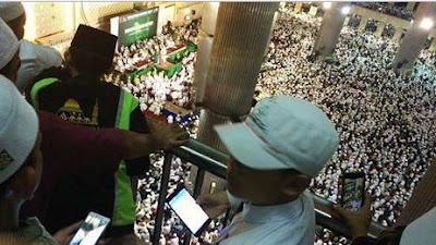 Allahu Akbar ! Peserta Aksi 4 November dari Berbagai Daerah Mulai Berdatangan Memenuhi Masjid Istiqlal