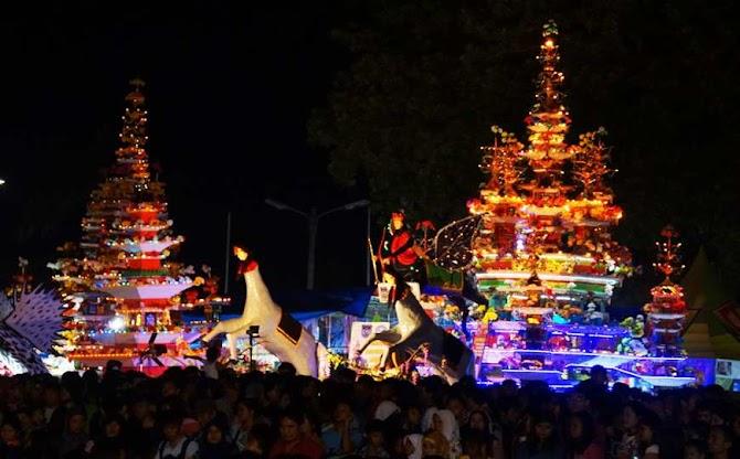Pesona Wisata Hingga Religi Tersaji Saat Festival Tabut