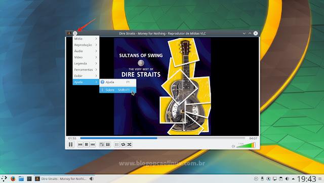 Área de trabalho do KDE Plasma 5.9, mostrando o menu do VLC Media Player em um botão na lateral esquerda da barra de título