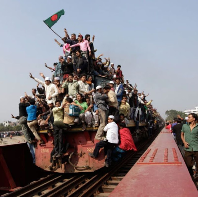 A train overloaded with tons of people
