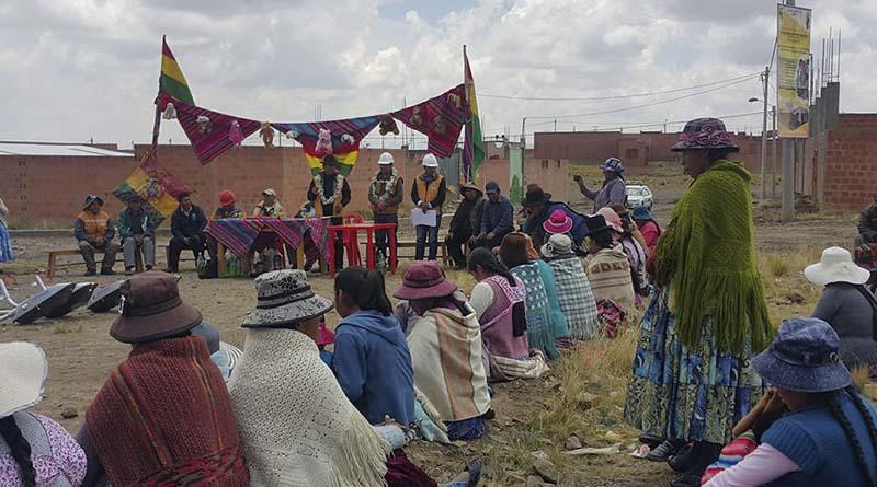 Acto de entrega en el Distrito 7 de El Alto