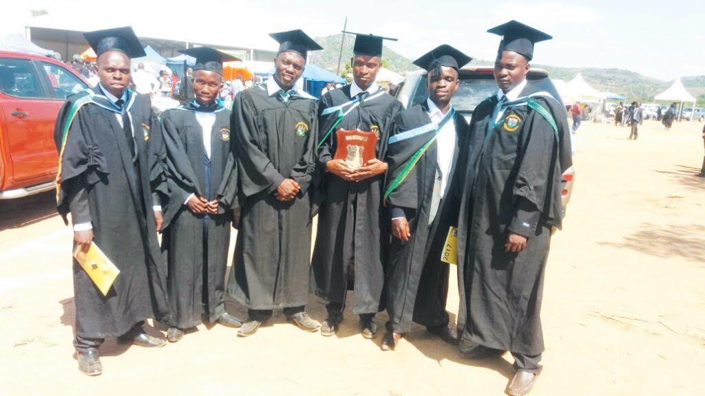 Seven TellZim News journalists graduate - Tell Zimbabwe