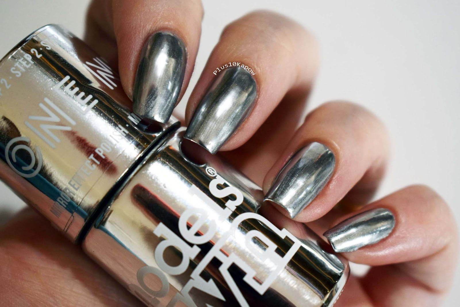 Watch 25 Most Awesome Mirror and Metallic Nail Art Ideas video