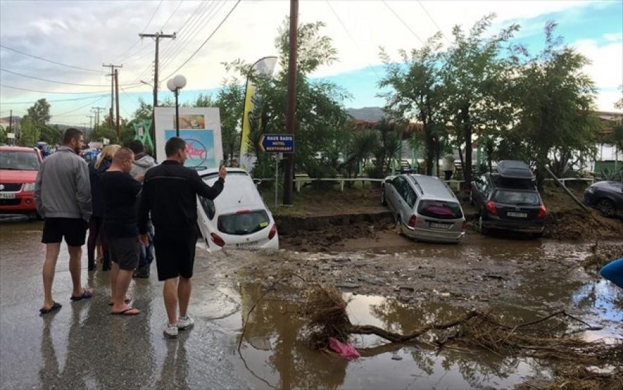 Μεγάλες καταστροφές από την κακοκαιρία στη Χαλκιδική