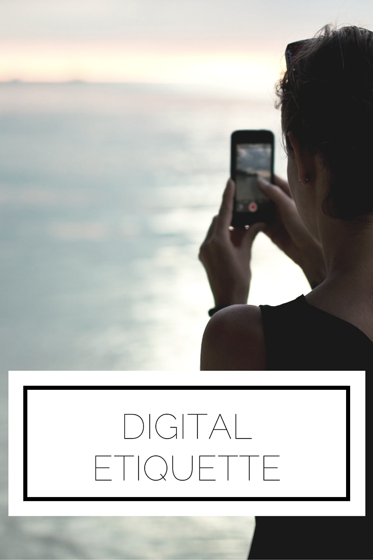 Click to read now or pin to save for later! Wondering how to maintain etiquette in the digital age? Here's a complete guide