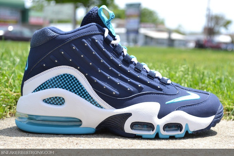 6407b5c2f4 KICKS | Nike Air Griffey Max II