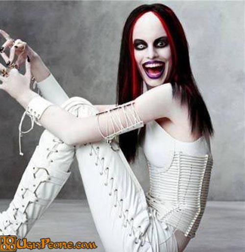 gambar foto wanita cewe perempuan paling gila paling unik paling aneh paling lucu dan paling gokil di dunia-6