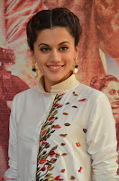 Taapsee Pannu Looks Super Cute in White Kurti and Trouser 13.JPG
