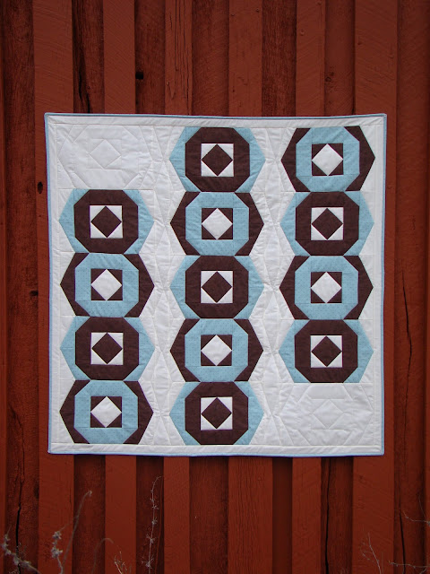 Hexies a la Mode quilt