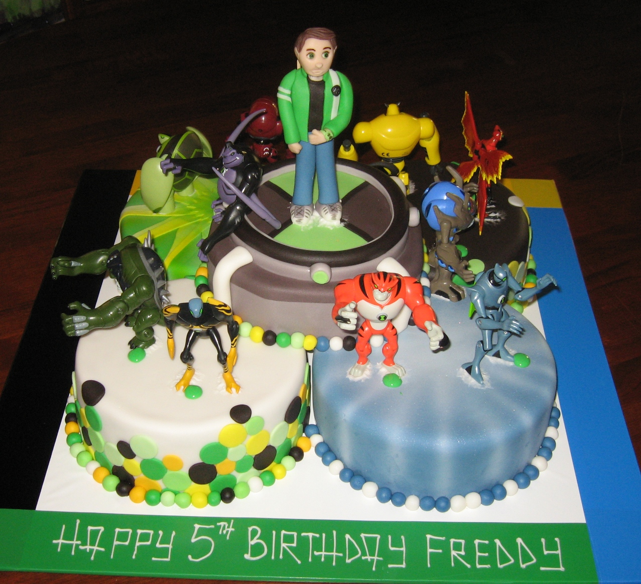 Let Them Eat Cake: August 2011