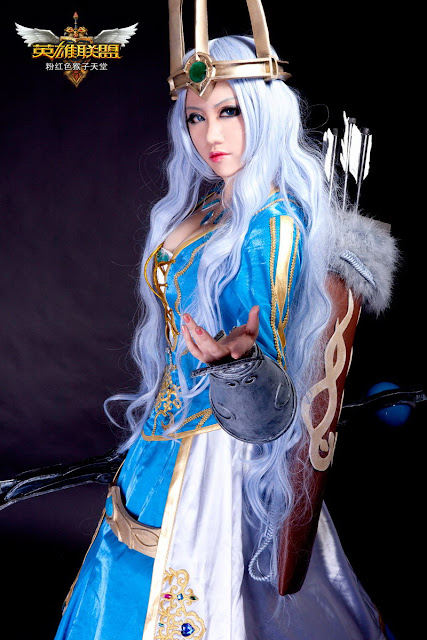 League of legends ashe cosplay