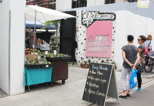 Rose Street Artists Market - Fitzroy/ Collingwood  - Melbourne Suburb Checklist (12 Must-Dos!)