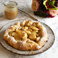 Apple-Puff-Tart-with-Tahini-Caramel-4