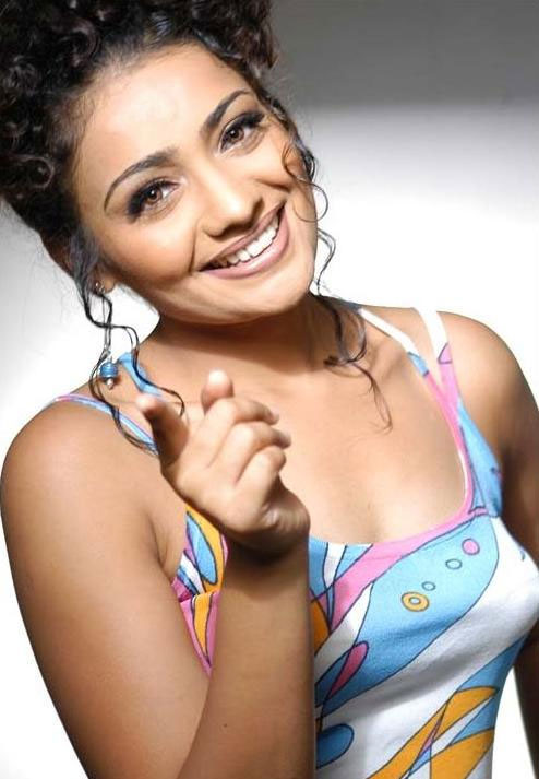 Meera Vasudevan Actress Hot Pics