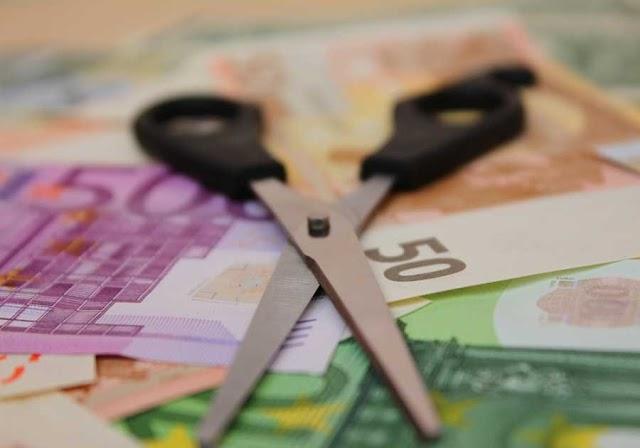 Eurostat: Μόνο στην Ελλάδα, μειώθηκε ο κατώτατος μισθός – Τι συμβαίνει αλλού