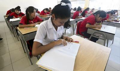 Alumnos de secundaria estudiará 10 horas más a la semana