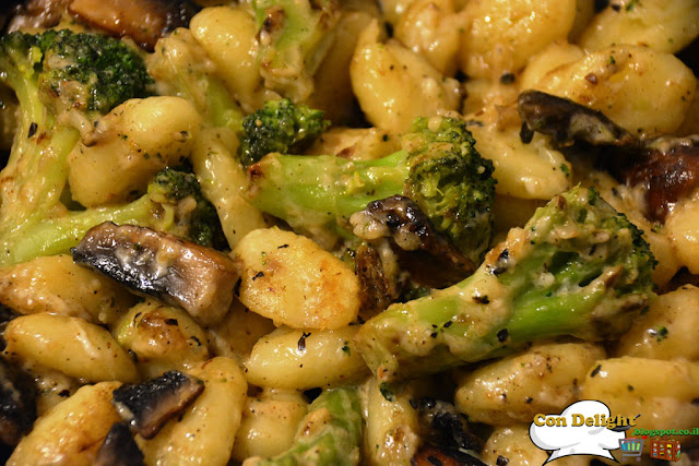 gnocchi with parmesan, broccoli and mushroom