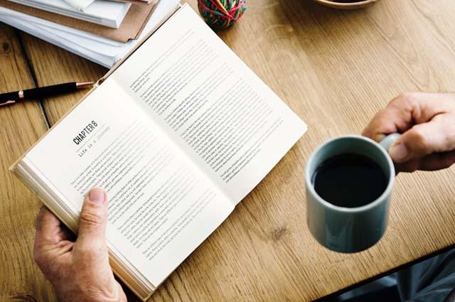 10+ Manfaat Membaca Buku untuk Kehidupan Sehari-hari