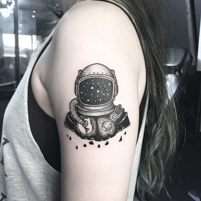 sleeve astronaut helmet tattoo