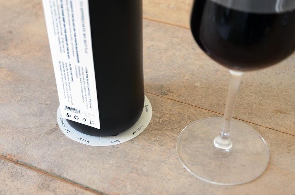 Flavowine packaging design