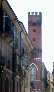 The Torre Comentina is one of Asti's surviving medieval towers