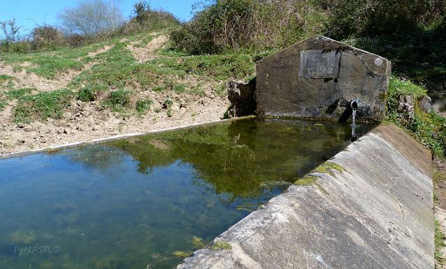 Fuente en La Campera de Pandoles - Piloña - Asturias