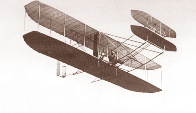 1908 Military Flyer in Flight picture