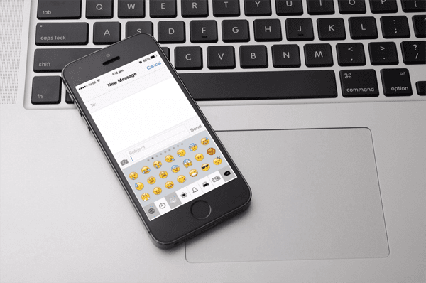 Keyboard Emoji di iOS