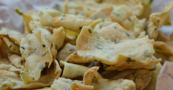 Resep Kue Bawang Renyah dan Gurih