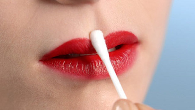 Lipstick Cotton Swab Uses