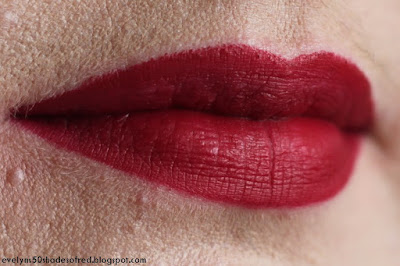 Bourjois Rouge Velvet The Lipstick 11 Berry formidable