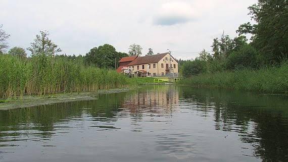 Wieś Babięta i Czarci Młyn.
