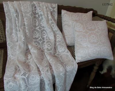 Manta para sofá em crochè