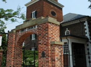 Historic Alexandria church decides to remove plaques honoring Washington, Lee
