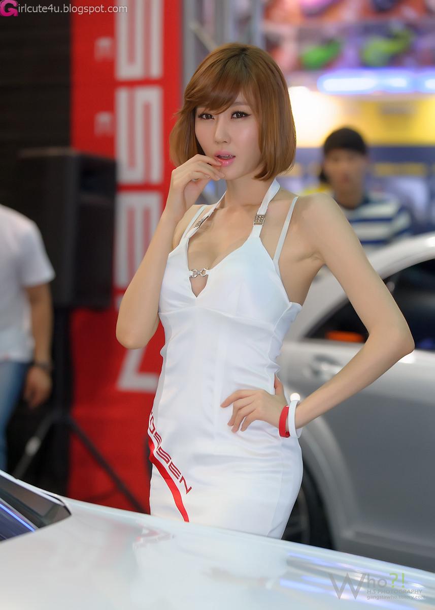 xxx nude girls Choi Byeol Yee  Seoul Auto Salon 2012