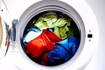 Errores que se cometen al lavar la ropa en la lavadora