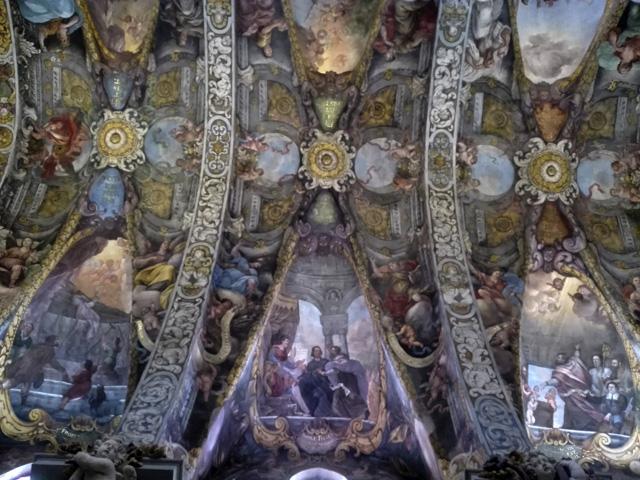 Bóvedas y lunetos de la iglesia de San Nicolás, la Capilla Sixtina valenciana