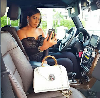 Nollywood Actress Chika Ike Flaunts Her Over 1.7Million Naira Gucci Bag(PHOTOS)