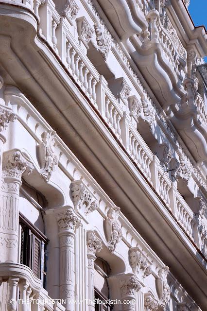 Palacio Cueto vieja havana cuba facade the touristin