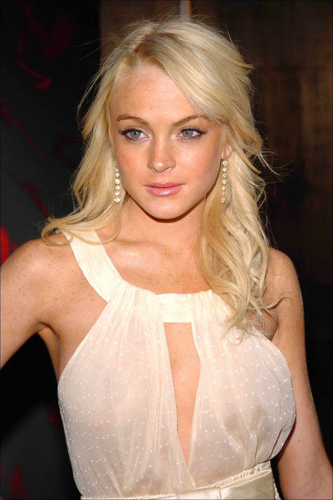 Red Carpet Dresses Lindsay Lohan - Valentino Fragrance -9179