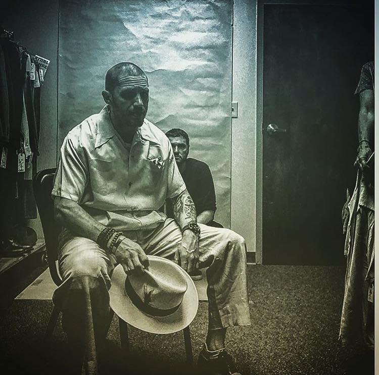 Fondo: ecco la prima foto di Tom Hardy nei panni di Al Capone