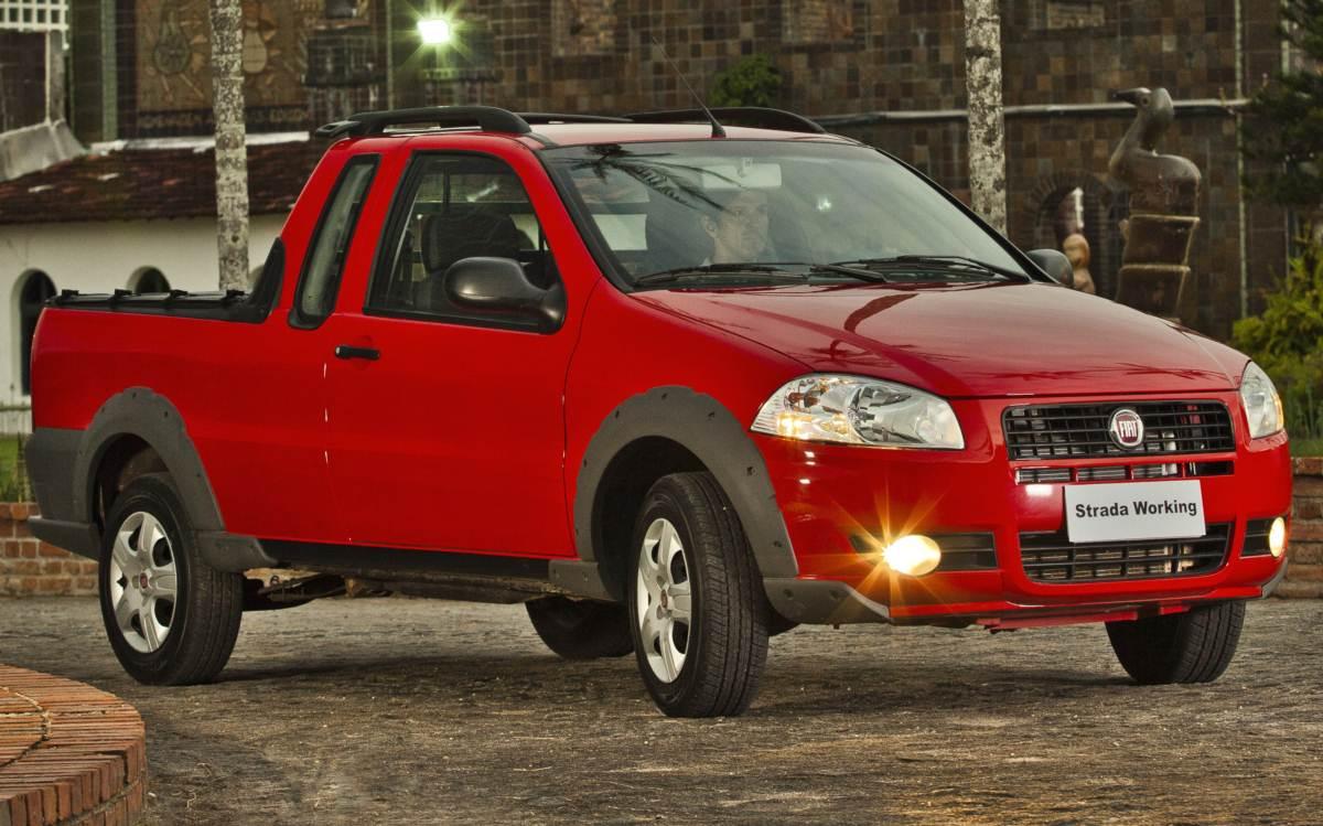 Fiat Strada 2017 - picape leve mais vendida em julho