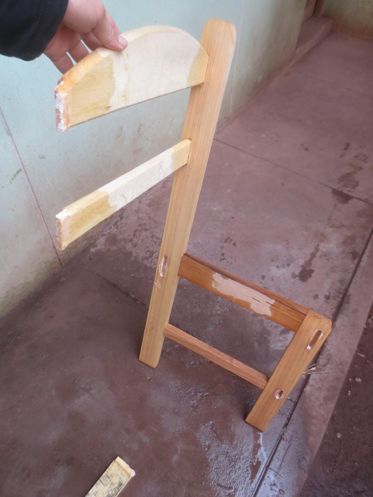 Decoraciones manualidades en madera como aflojar o for Como barnizar un mueble ya barnizado