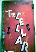 """Tür des """"The Cellar"""", Winnipeg"""