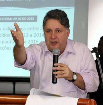 EM LIBERDADE - GAROTINHO NÃO CUMPRE MAIS PRISÃO DOMICILIAR