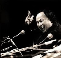 Un Kay Dar Pay Poonchnay To Paayein by Nusrat Fateh Ali Khan