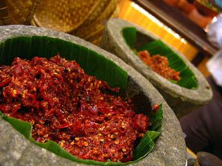 5 Nama Daftar Makanan Khas Sumatera Utara : Arsik DLL SELAIN Bika Ambon