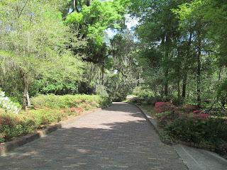 Gardens in Florida Brick walkway