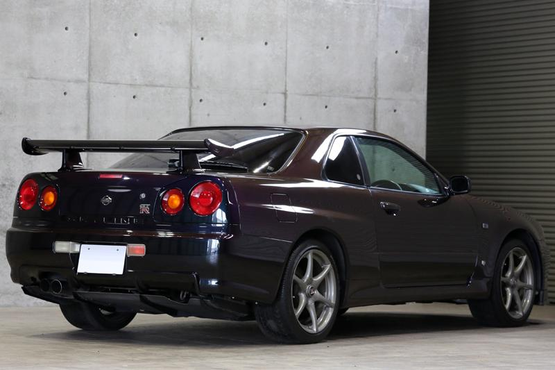 Show Or Display: 1999 Nissan Skyline GTR R34 V-SPEC Early